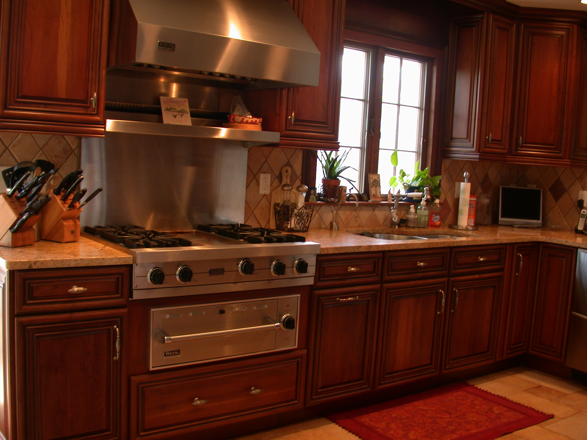 Custom kitchens south amboy plumbing online showroom for Custom kitchens